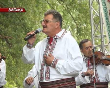 La Socola, cu cântec și dans popular