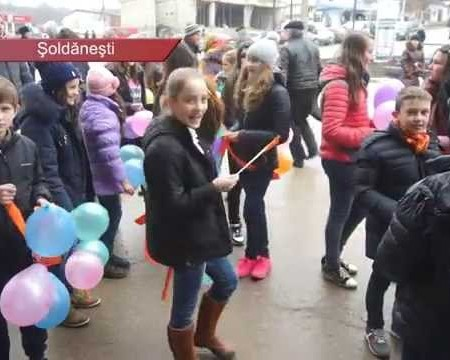 Copiii condamnă violența