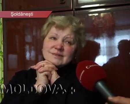MOLDOVA+ Cusutul icoanelor o face fericită
