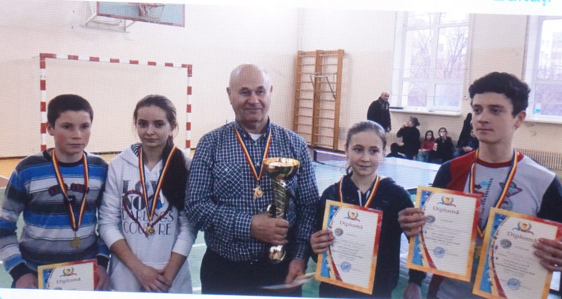 Tinerii sportivi din Gauzeni, campioni republicani la tenis