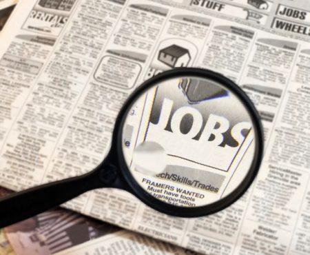Ești șomer în Moldova. Știi ce trebuie să faci?