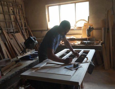 MOLDOVA+ Cine-i harnic și muncește, obstacolul îl depășește