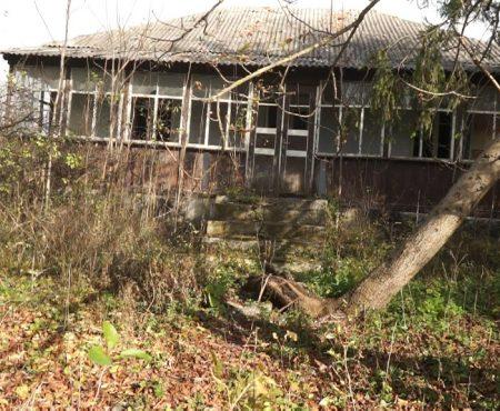MOLDOVA+ Anterior spital raional, actualmente - ruine