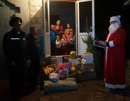 Moș Crăciun și caravana salvatorilor a venit la picii din Olișcani