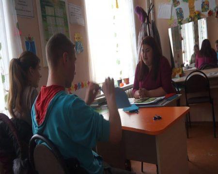 MOLDOVA+ Tinerii specialiști revin în școala de unde au mers la studii