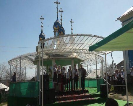La mănăstirea Cușelăuca au cântat. Cu gândul la Dumnezeu
