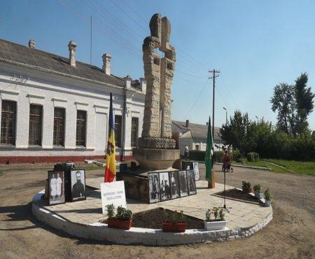 Depuneri de flori și ciclism în memoria celor deportați din Șoldănești