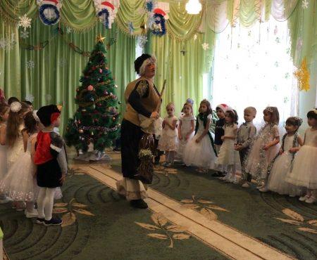 "Moș Crăciun revine la gradinița ""Andrieș"", din Șoldănești"