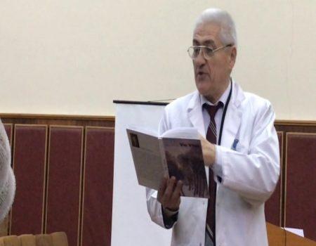 SĂNĂTATEA pacientului — bogăție asigurată de MEDICI