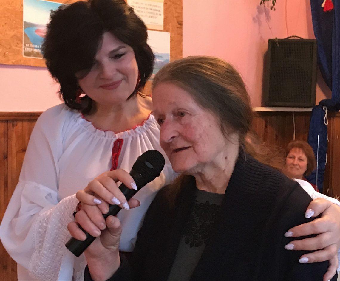Angela MÂNDÂCANU revine la baștină, la Chipeșca