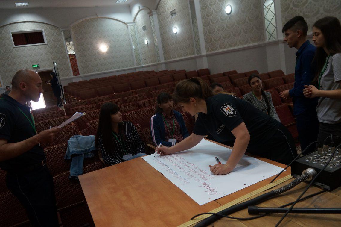 Tinerii din Șoldănești critică, dar vin și cu soluții
