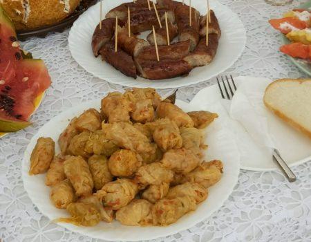 Sarmalele, reginele festivalului de la Cușmirca