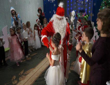 Moș Crăciun și Fulguța au impărțit daruri și la Șoldănești