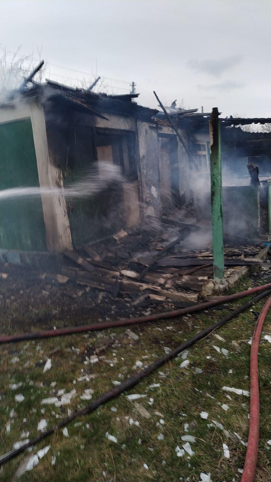 La Alcedar, focul a distrus casa și i-a luat viața gospodarului